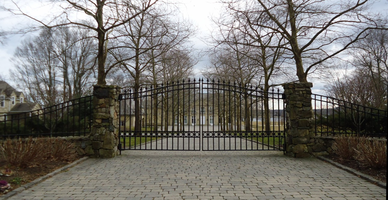 Driveway Gate Installers1